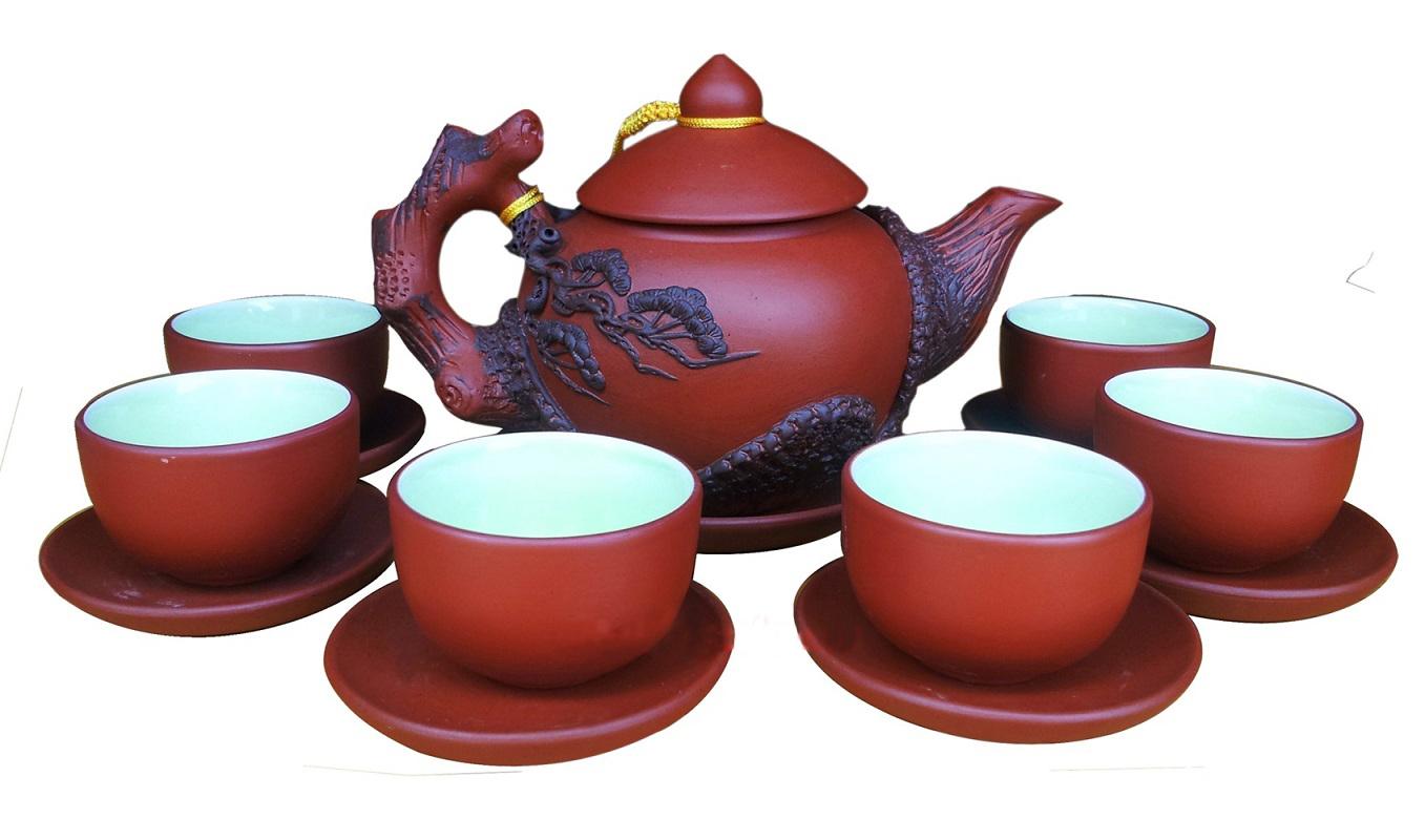 В Ханое с 10 по 22 октября проходит выставка керамики от мастеров из деревни Bat Trang